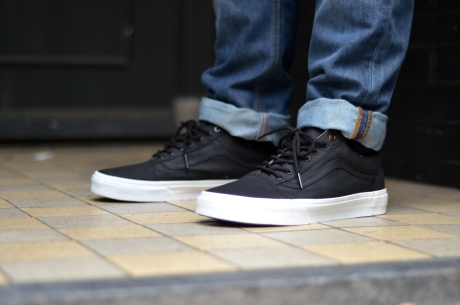 vans u old skool reissue   Come and stroll! 5813b3ff2